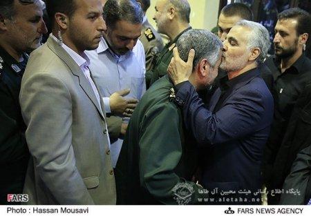 سردار سرلشگر حاج قاسم سلیمانی در قلب نیروهای ولایی جای دارد + آلبوم عکس
